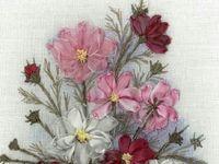 Цветы, вышитые лентами
