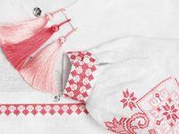 Красивая вышивка в народном стиле